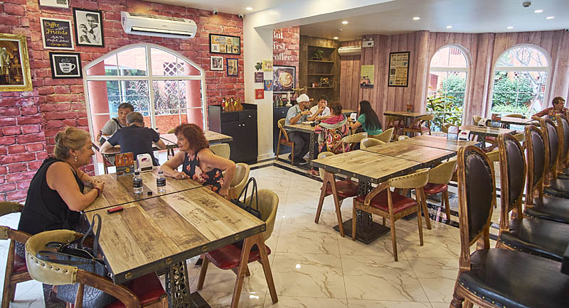 Cafe-restaurant-sr