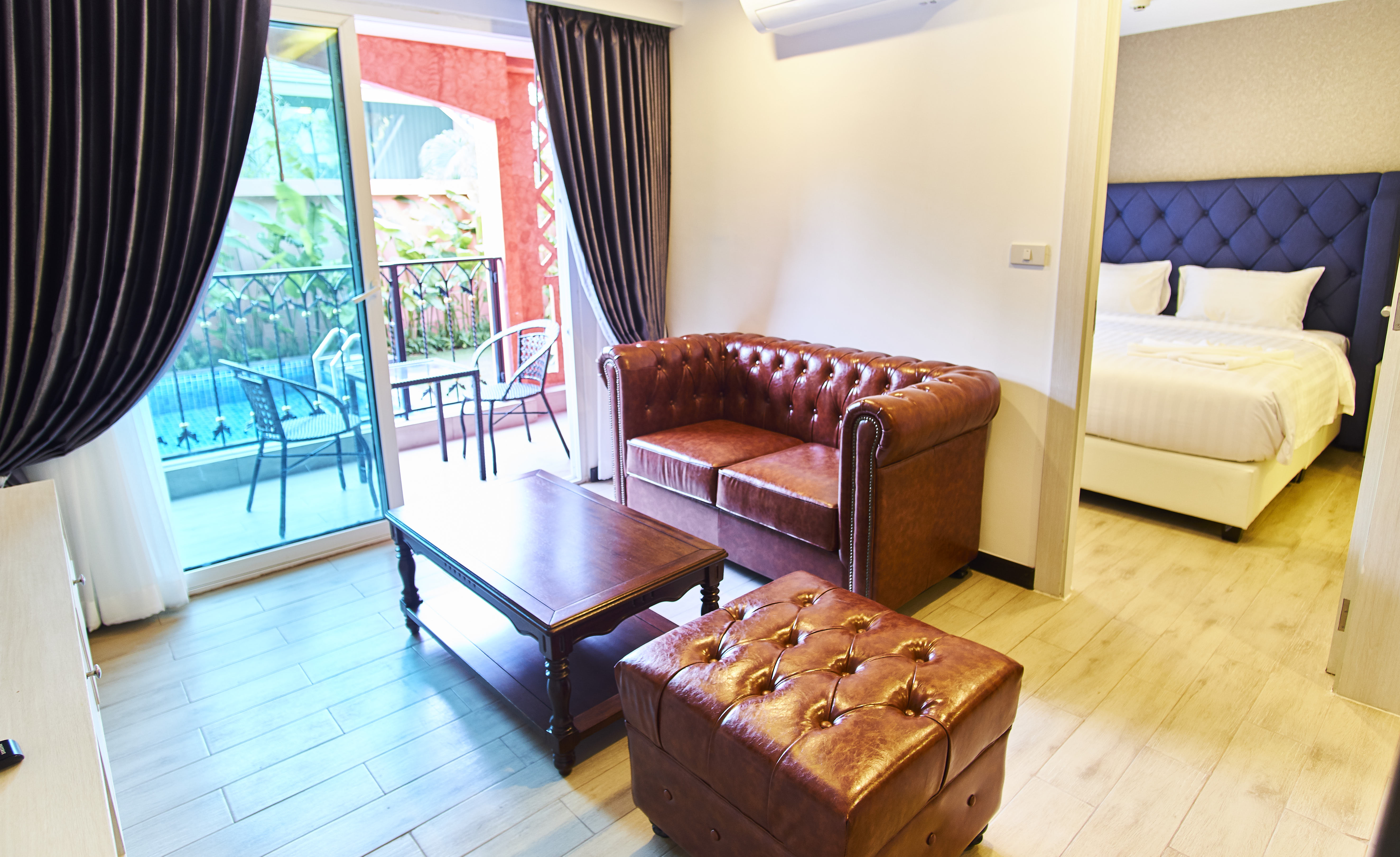 premium suite - family connected room - Sonia residence pattaya